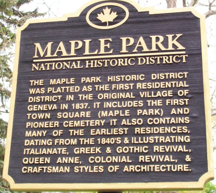 maple-park-sign-in-lake-geneva
