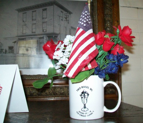 Two Rivers Washington House mug