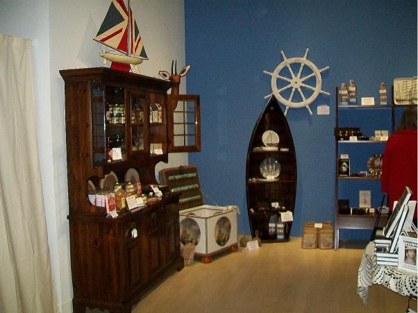 Milwaukee Art Museum gift shop