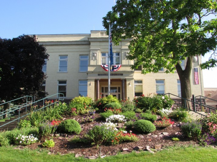 Montello Courthouse