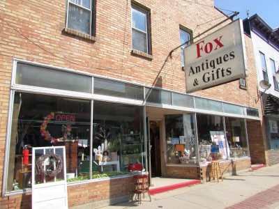 Fox Antiques and Nostalgic Gifts in Montello