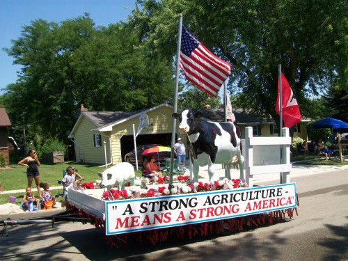 Waunafest Parade Agriculture Float