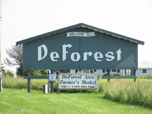 DeForest Wisconsin sign