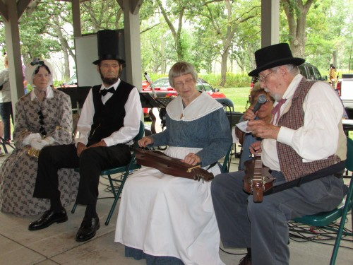 Duclimer Players and Lincolns