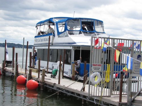 Betty Lou Cruise boat