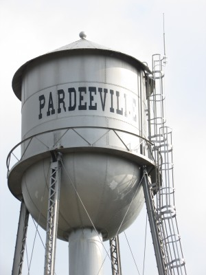 Pardeeville water tower