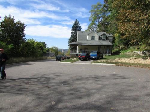 Miner Hill parking