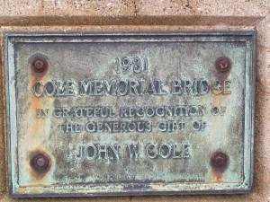 Cole Memorialbridge plaque