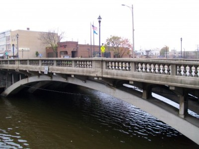 Cole Memorial Bridge in Watertown