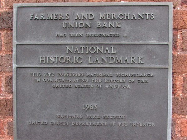 Farmer and Merchant Bank plaque in Columbus