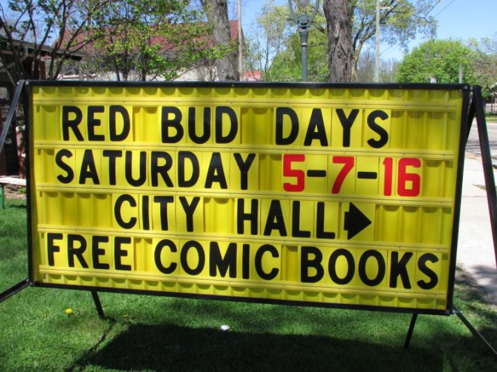 Red Bud days sign at Library