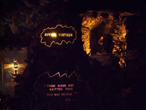 Wonder Cave display