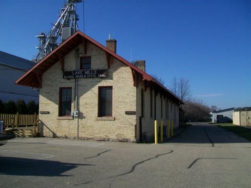 Lake Mills WI Depot