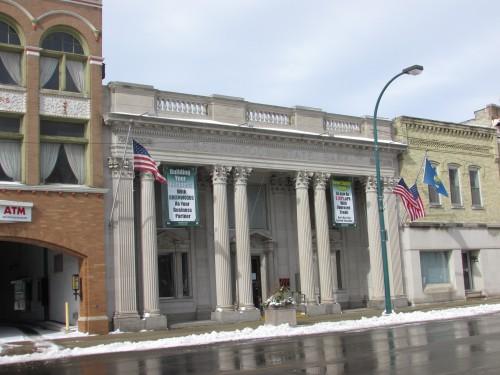 Greenwood State Bank in Lake Mills