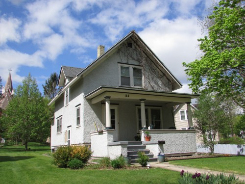 144 West Oak Street - Lake Mills