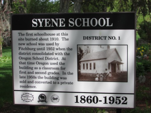 Syene School sign