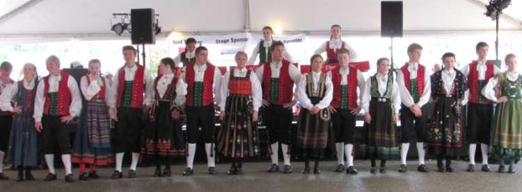 Norwegian Dancers at Syttende Mai 2015