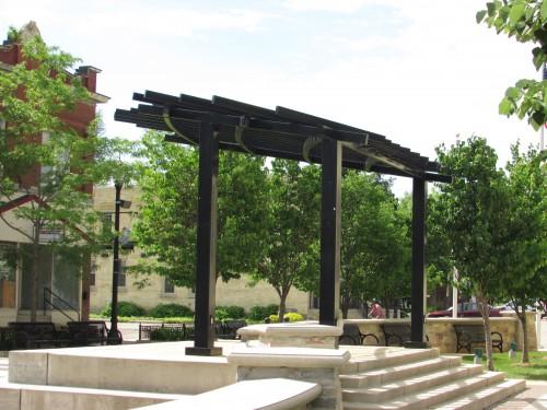 Paramount Plaza stage