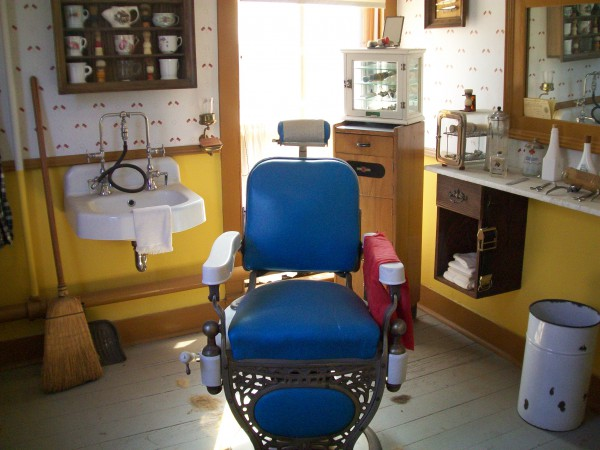 Barber Shop Exhibit in Washington House in Two Rivers