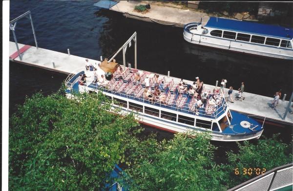 Upper Dells boat