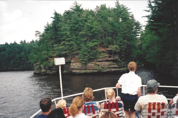 Upper Dells boat view