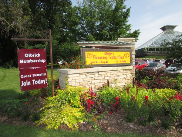 Olbrich Botanical Garden Butterfly sign