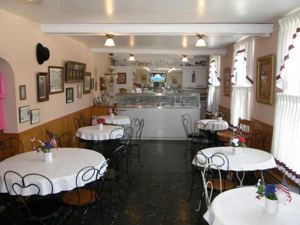 Berners Ice Cream Parlor in Washington House in Two Rivers