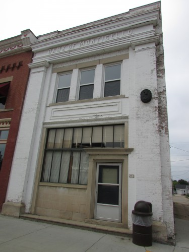 Bank of Monticello building