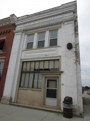 Bank of Monticello building