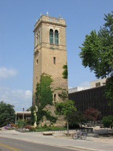 Carillon Tower - Lyle Anderson plays 11:00