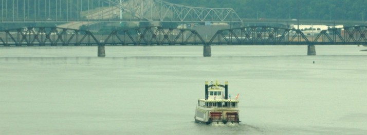 Spirit of Dubuque on the river