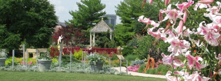 Gazebo and bridge at Allen Gardens