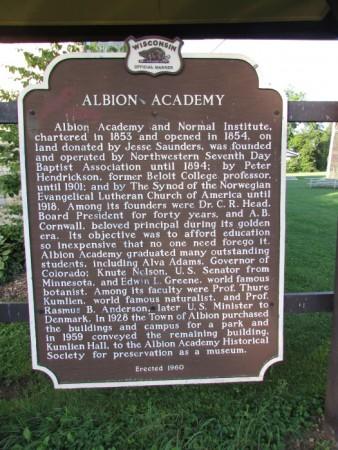 Albion Academy marker in Edgerton