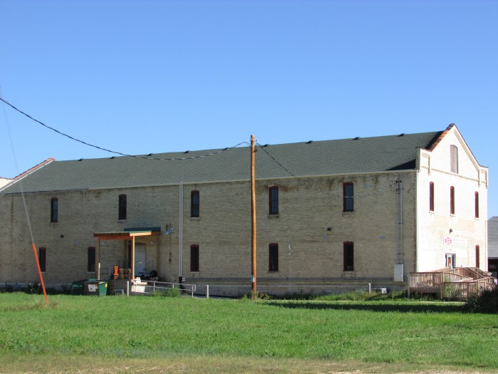 Tobacco building in Edgerton