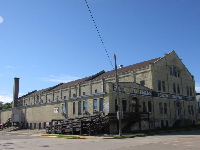 Tobacco building in Edgerton
