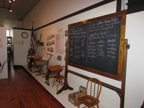 School display at Monticello Museum
