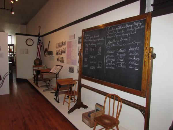 School display at Monticello Museum