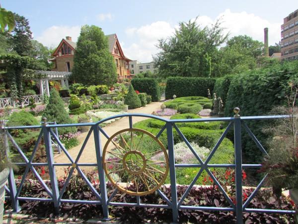 Fren Garden at Allen Gardens