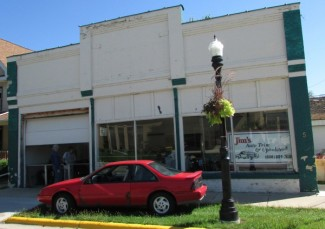 Jim's Auto Trim and Upholstery in Edgerton