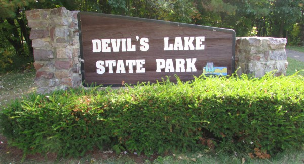 Devil's Lake sign
