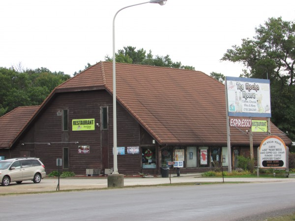 The Mocha Mouse in Black River Falls