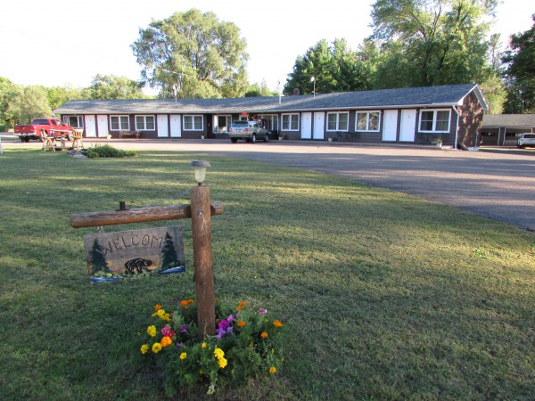 Fall's Motel in Black River Falls