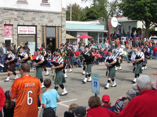 Zor Pipes and Drums at Cheese Days