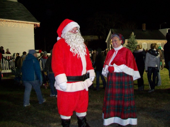 Santa and Mrs. Claus in Sauk Prairie