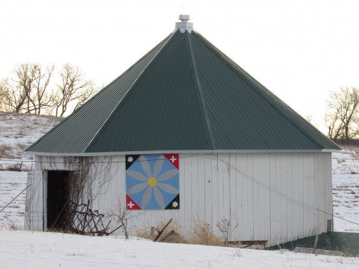 Octagon Barn Near Argyle