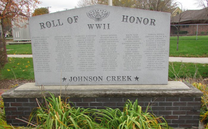 Roll of Honor Monument WW II in Johnson Creek