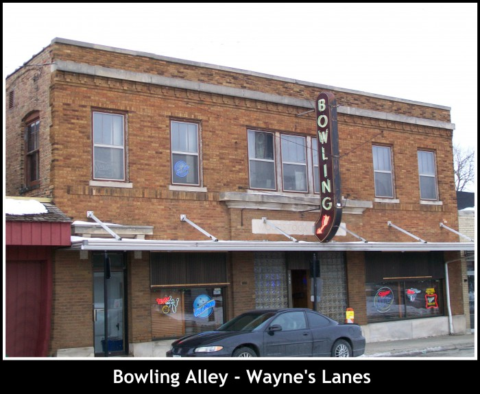 Bowling Alley - Wayne's Lanes in Woodstock
