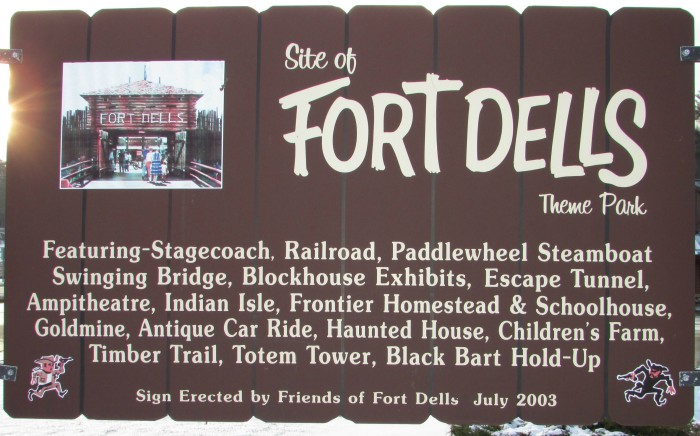 Fort Dells marker at Wisconsin Dells