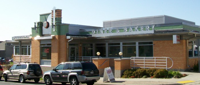 Market Street Diner and Carl's Cakes in Sun Prairie