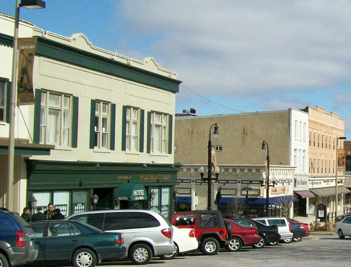Cass Street on Woodstock Square